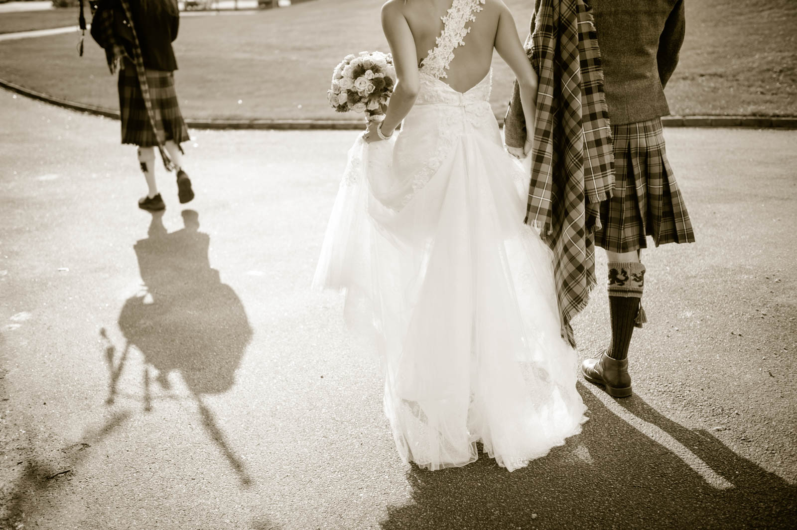 Sposa Bella Photography Sc Wedding Photographer Of The Year Scottish With Bagpiper